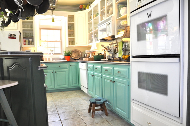 turquoise painted kitchen cabinets colored kitchen cabinets 27334